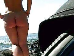 Amateur beach fuck