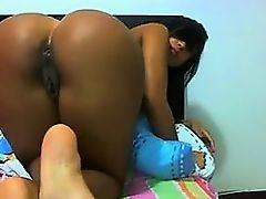 Latin Webcam 191