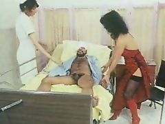 Die Krankenschwestern kommen
