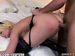 Brazzers - Maid Kagney Linn offers full servicing