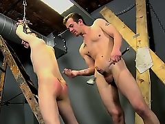Gay twinks This youngster knows how to claim a fellow for hi