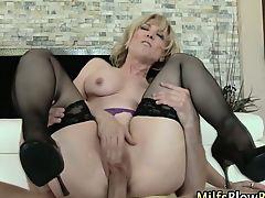 Mature Nina Hartley blows