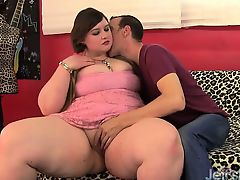 Young plumper fucked and facial